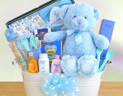 Baby-Shower-Gift-Basket